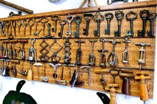 corks and corkscrews